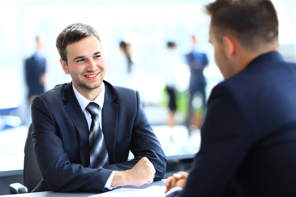 لباس مناسب قرار و مصاحبه کاری